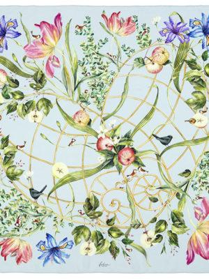 5732 HERZSTUEK_flach_CHIARO 0048-140 x 140 cm, 100 Prozent Seide, Georgette, CHF 450.00, EUR 430.00 Kopie